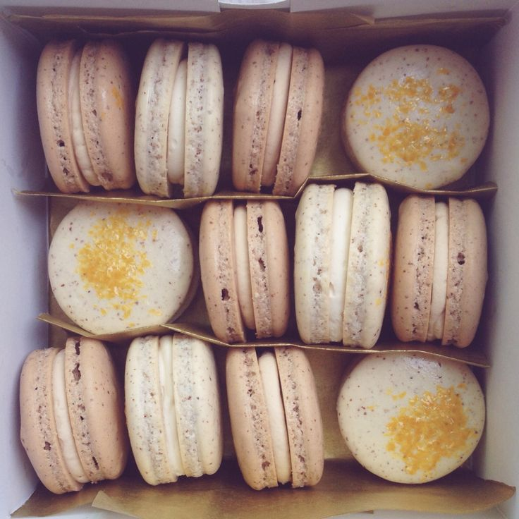 Madagascar Bourbon Vanilla Bean & Salted Caramel French Macarons. Order yours today at www.honeybutterdesserts.com! #macarons #dessert #toronto #caramel #vanilla #saltedcaramel #frenchmacarons