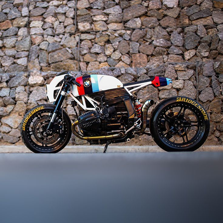 #August #Bikes #Custom #The #motorcycles #Week A fabulous BMW R1
