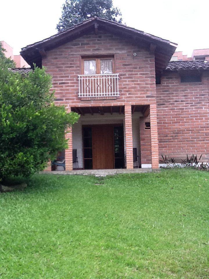 Casa de Envigado, en 2012 nuestro amigo Juan josé Trujiillo nos invitó a compartir esta hermosa Casa en Envigado