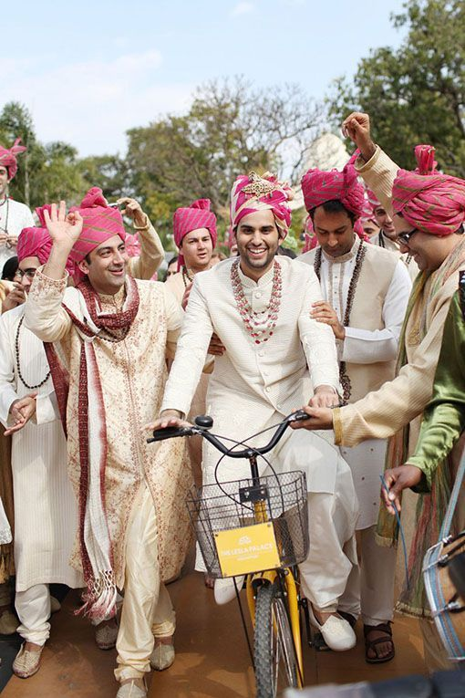 The modern ghodi :P #Groomwear #Weddingplz #Wedding #Bride #Groom #love #Fashion #IndianWedding  #Beautiful #Style
