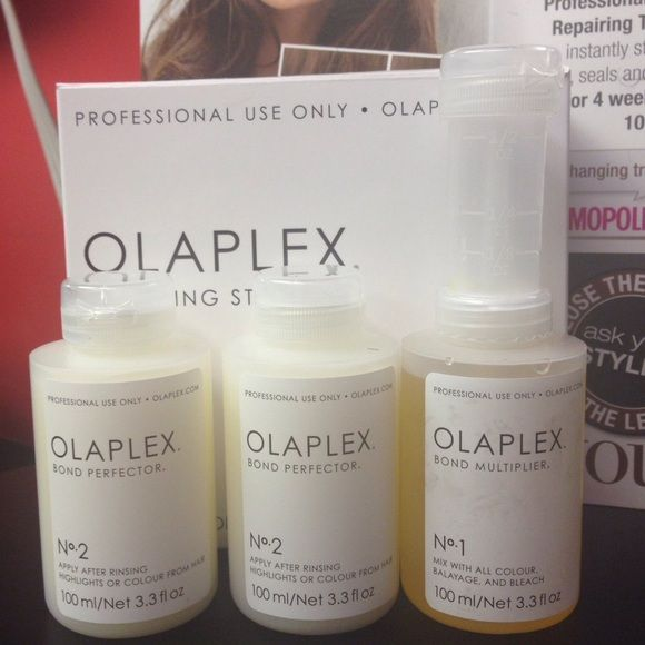 Olaplex Kit Treatment Authenticity Olaplex Kit. It comes with 1 No 1,  2 No 2 and one No 3. Price reflects for the kit and a Hair Perfector No 3.  For more information check out my other Olaplex listing. 100% Authentic! Other