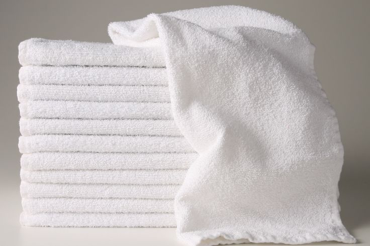 Wide Choice of White Hand Towels for Beauty Salons, Tanning Salons & Days Spa. These  Quality White Hand Towels are Highly Absorbent, Easy Care & Machine Washable.