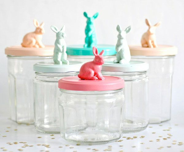 Adorable Bunny Jars! Hot glue any figure to a jar top (these are jam jars), spray paint, done!