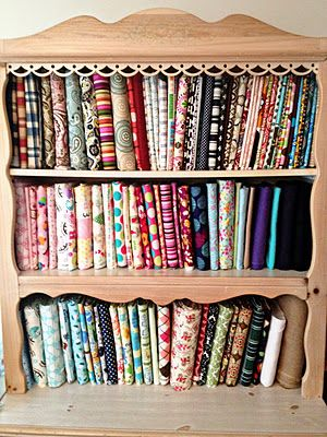 How to properly store your fabric stashFabrics Storage, Fabrics Stashsomeday3, Crafts Room, Stores Fabrics, Crafts Storage, Storage Tips, Cool Ideas, Storage Ideas, Proper Stores