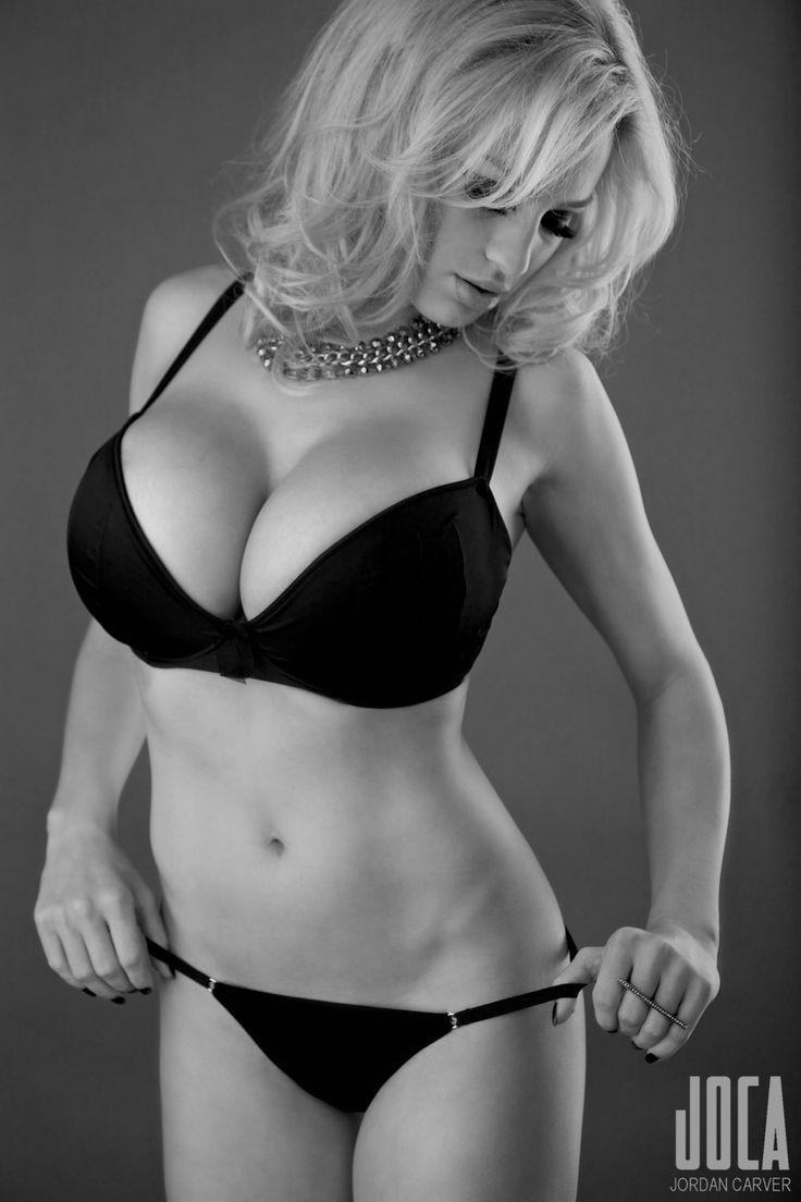 Perfect ten dating partner: Marta from Kiev, 29 yo, hair