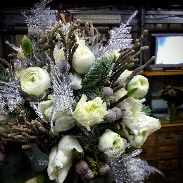 Winter weddingfloral