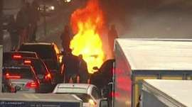 French government orders Uber taxi ban after protests 06.26.15