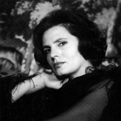 """Amália da Piedade Rodrigues - Amalia Rodríguez. (July 23, 1920 – October 6, 1999), known as Amália Rodrigues (Portuguese pronunciation: [ɐˈmaliɐ ʁuˈðɾiɣɨʃ]), was a Portuguese singer and actress. She was known as the Rainha do Fado (""""Queen of Fado"""") and was most influential in popularizing fado worldwide. She was one of the most important figures in the genre's development, and enjoyed a 50-year recording and stage career."""