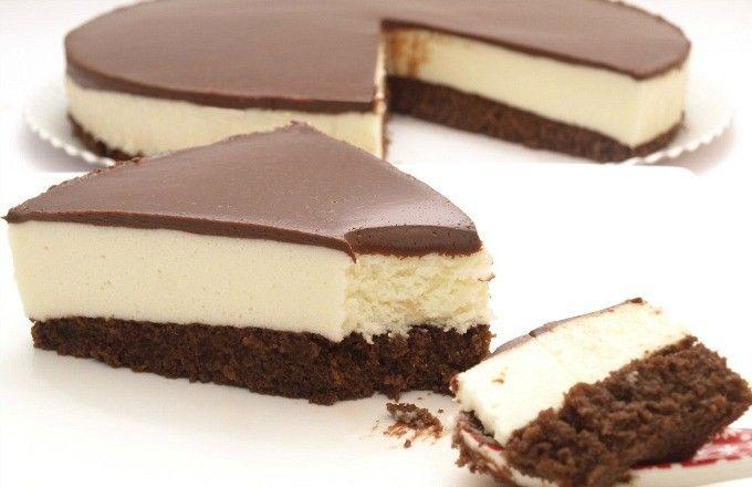 Obtener deliciosa receta: Mousse de Leche Condensada. Echa un vistazo! Tome la receta! http://www.misthermorecetas.com/2014/03/06/pastel-de-mousse-de-leche-condensada/