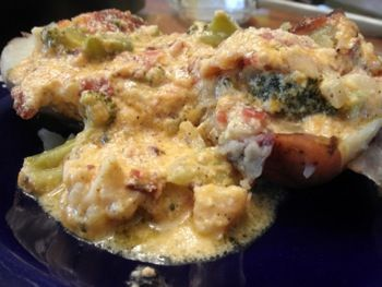 Doesn't it look fantastic? Baked Potatoes with Bacon Broccoli Cheese Casserole