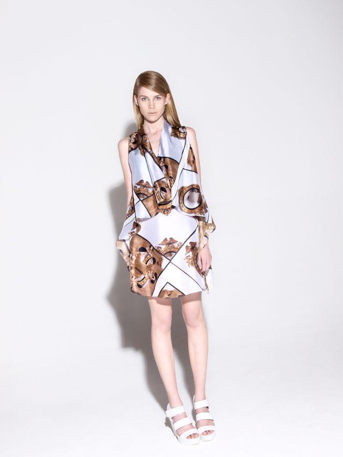 #print #textiles #girl #gold