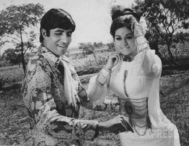 Amitabh Bachchan and Aruna Irani.