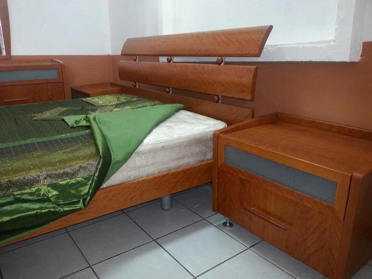 Dormitorio Usado ~ PRECIO Q11,000 USADO Juego de dormitorio importado italiano Incluye 2 mesas de noche