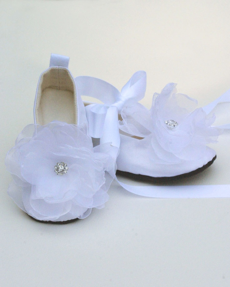 matches. ($ - $) Find great deals on the latest styles of Girls ivory ballet shoes. Compare prices & save money on Baby & Kids' Shoes.