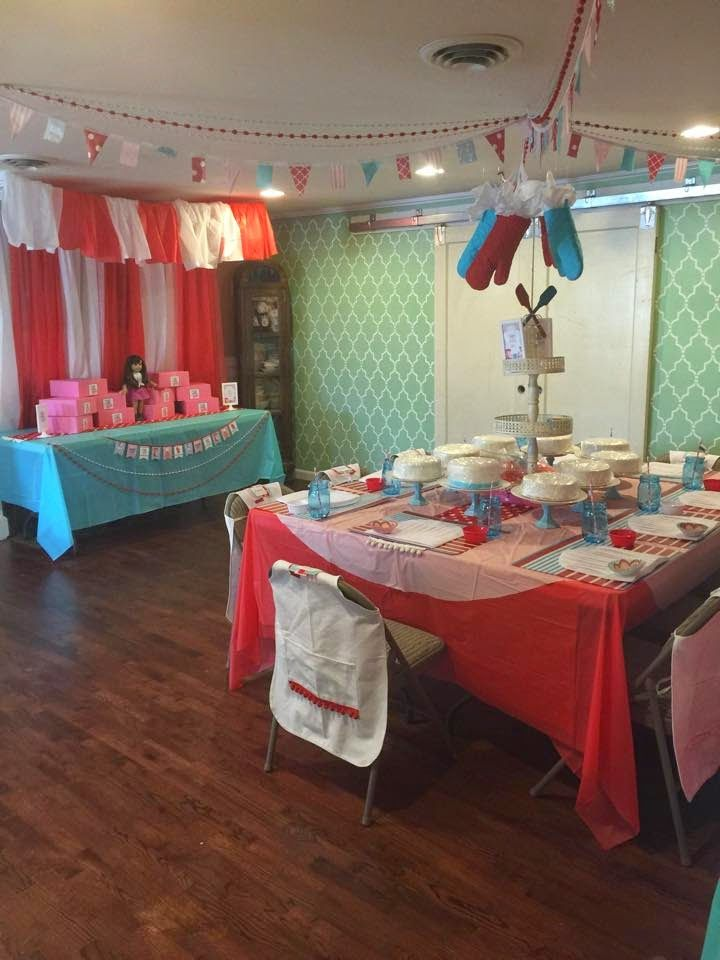 This post contains affiliate links. Who doesn't love the show Cake Boss on TLC? I know my daughter is one of the biggest fans which prompted her to choose a Cake Boss themed birthday party! …