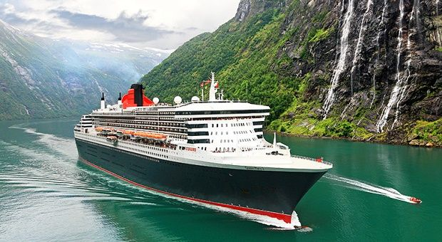 Cunard Cruise on Christmas