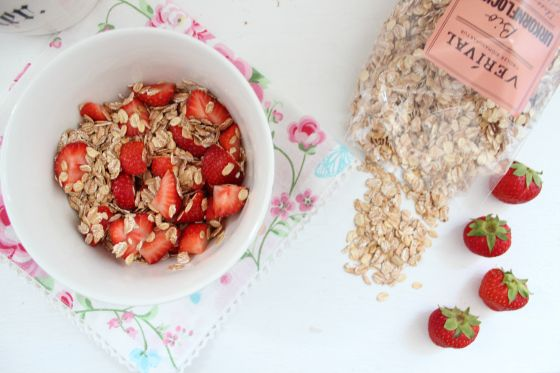 Heritage Grain Flakes and Strawberries in love <3