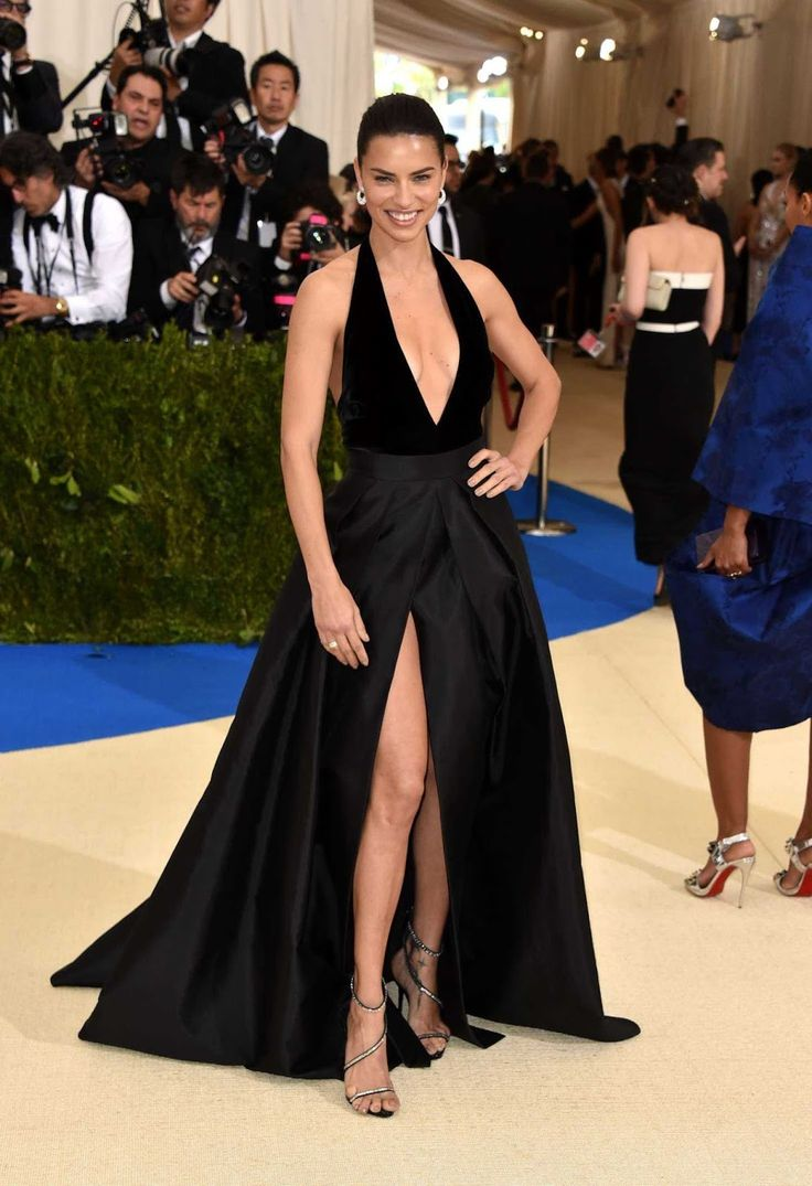 Brazilian supermodel Adriana Lima had a wardrobe malfunction at the 2017 Met Gala, held in NYC, which is the fashion's world's biggest e...