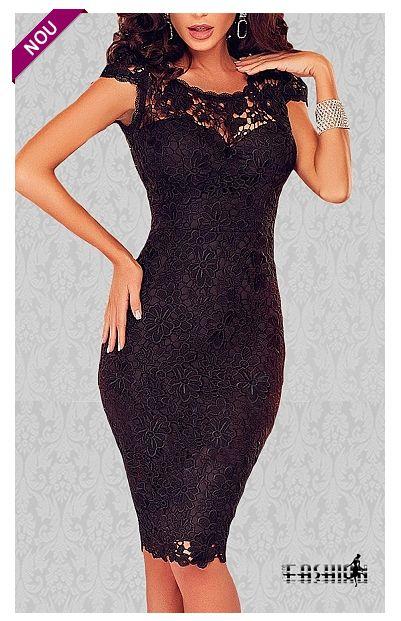 Rochie bodycon eleganta realizata din broderie florala neagra, perfect pentru evenimentele importante din viata ta.  Croiul mulat iti va pun...