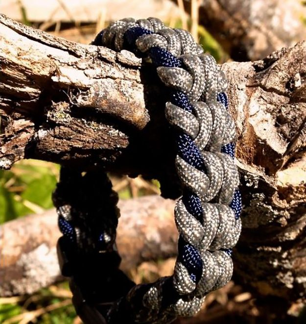 1000 images about knots practical decorative on for Cool paracord projects