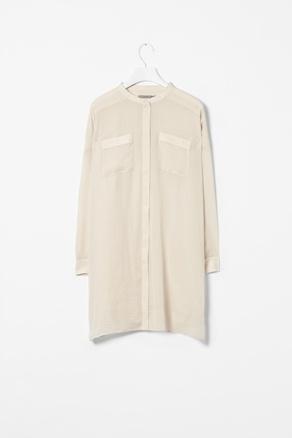 Long collarless shirt