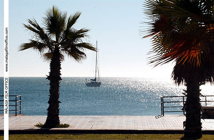 Mediterranean Promenade in Malaga (c) James Souza