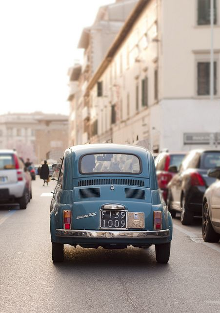 Vintage Fiat 500 in Florence. #fiat500