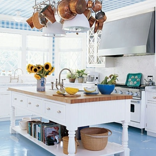 Blue White And Wood Kitchen Ideas