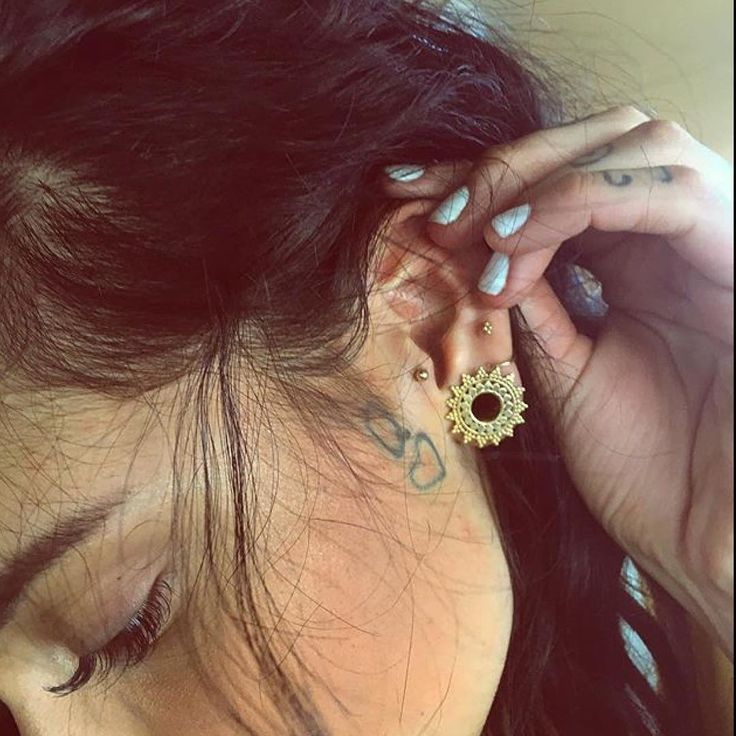 Best 25 Stretched Ears Ideas On Pinterest Plugs