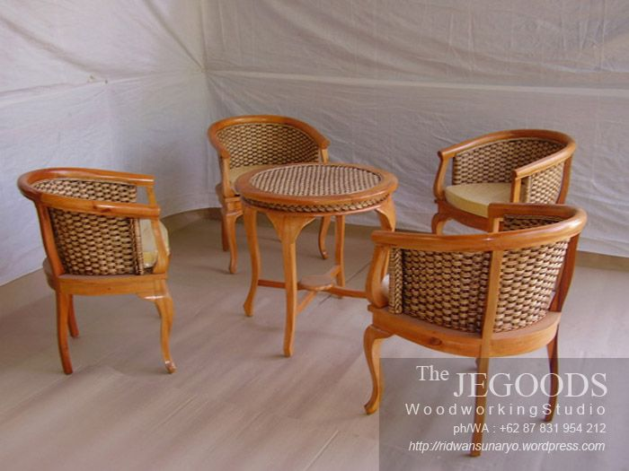 Indonesian Unique Living Chair. Teak with hyacinth combination. Beautifully hand crafted by Jepara craftsmen.  Set Kursi Teras Betawi Lenong Enceng Gondok Jati Jepara.