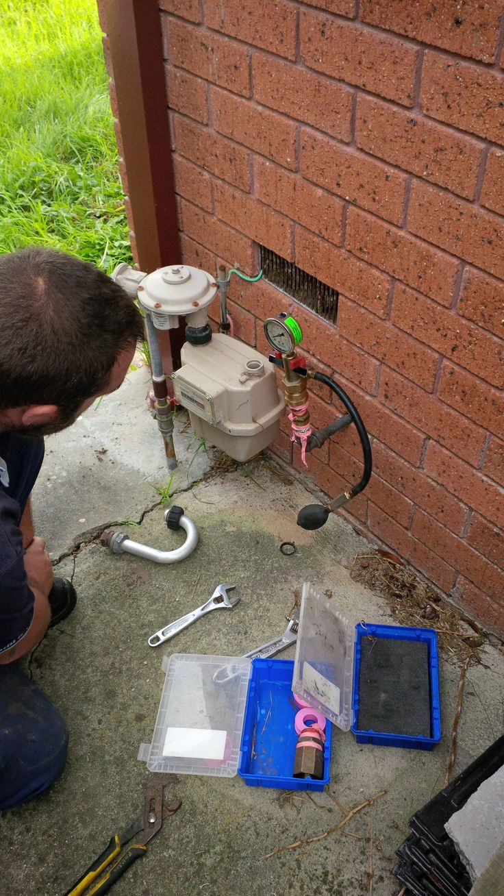 Before carrying out any gas repairs or replacements of gas appliances, we always check the soundness of the existing pipework to ensure that there is no leaks. We do this by using a gas fitting tool known as a manometer a manometer will detect the slightest gas leak or drop in pressure from your gas pipe work.