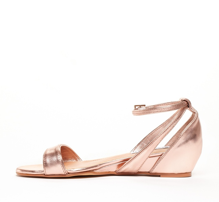Metallic mini wedge.