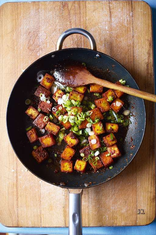 Chilli Paneer from one of the UK's top Indian food writers. Indulgent, vegetarian and nicely spicy for dinner. Add quick stir fried or steamed veggies for a balanced meal.