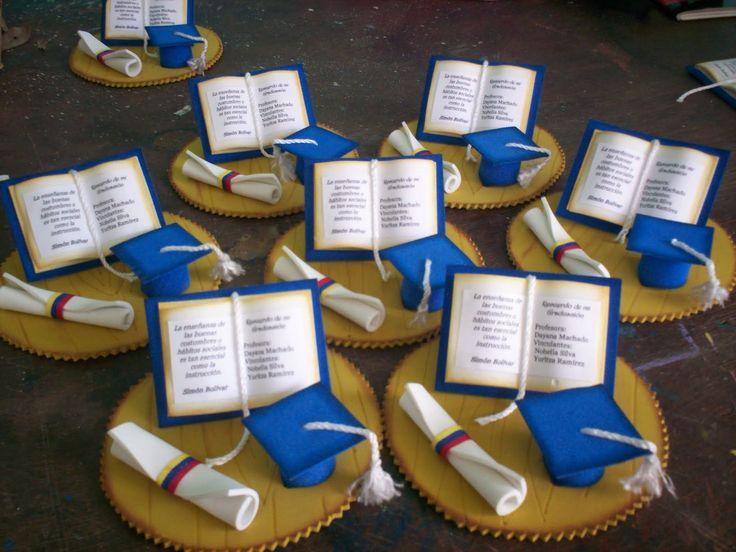 En Foami Con Moldes and post Recuerdos Para Graduacion En Foami ...