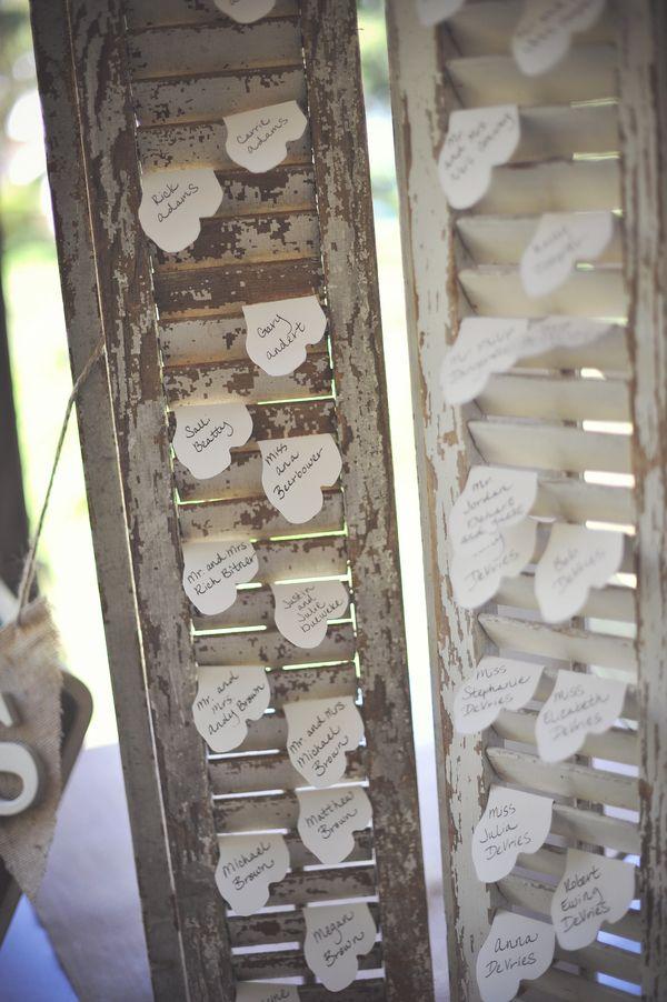 Shutter seating chart, country  rustic. wedding. boda.vintage. old shutters. persianas antiguas. decoration. decoración