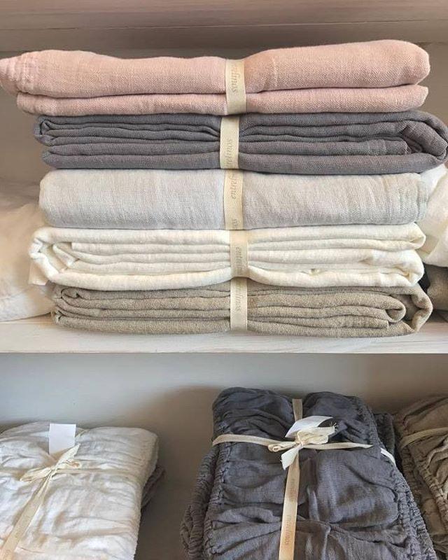 Lo perfecto de lo imperfecto #Lino #decoracion #fundas #manteleria #baño #ropa #cama   www.entrelinos.com
