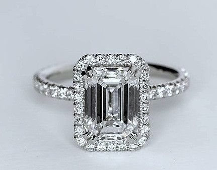 2.51`ct Emerald cut diamond diamond engagement ring, center 2.00ct H-VVS1