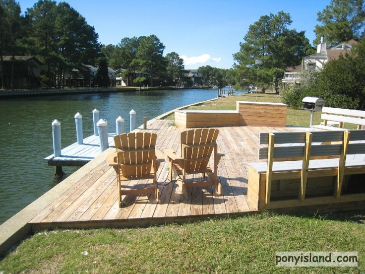 Private Boat Dock and Outdoor living area Great Crabbing Virginia > Chincoteague