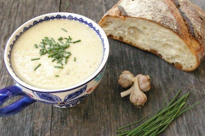 Neuveriteľne chutná cesnaková polievka