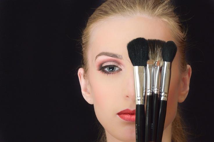 eyes, professional makeup, make-up touch, brushes, girl, eye