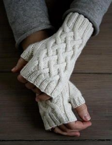 Gorgeous Cable Fingerless Gloves | AllFreeKnitting.com