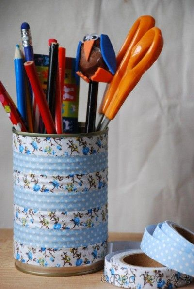 Make your own pretty pencil holders with washi tape and a recycled can! @funfamilycrafts #kidscrafts