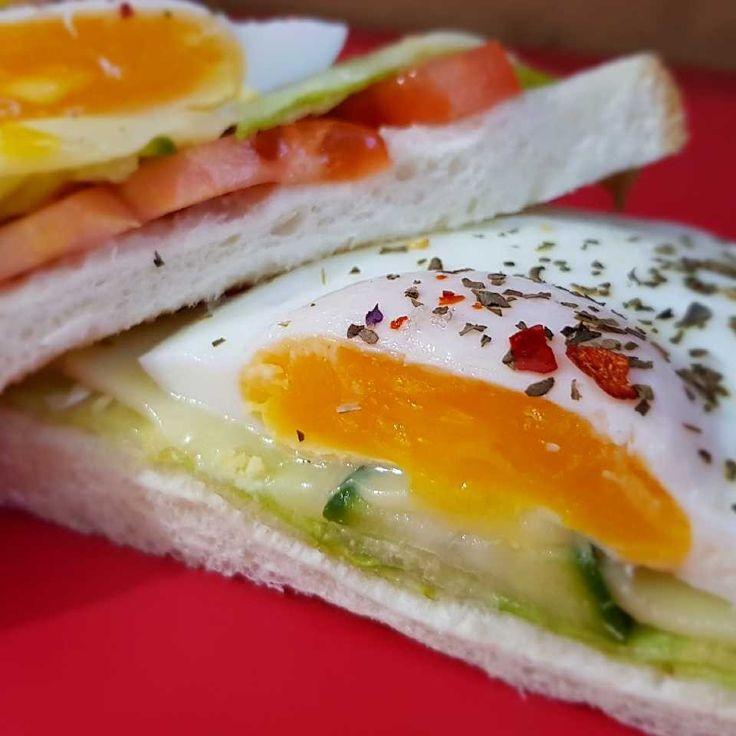 """Sandwich """"Buna Dimineata"""""""