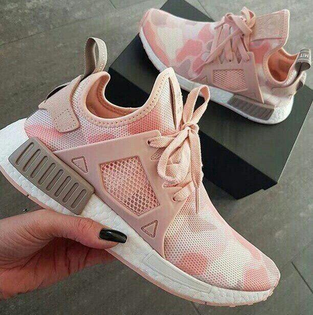 Galaxy 4, Chaussures de Running Entrainement Femme, Rose (Energy Pink/Collegiate Burgundy/Sun Glow), 38 EUadidas