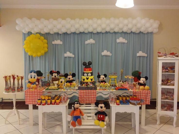 Momento Mágico Decorações : Mickey e Minnie- mesa amarela