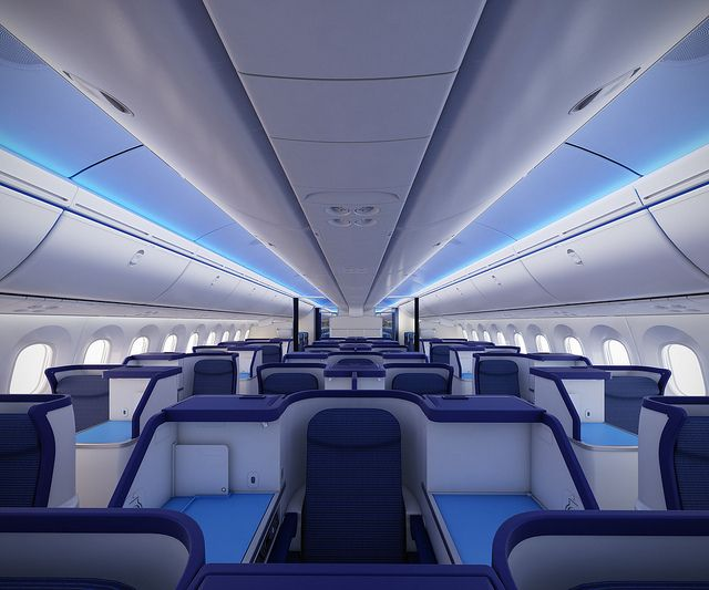 Boeing 787 Dreamliner --Can I travel from coast to coast on this from now on? ;-)