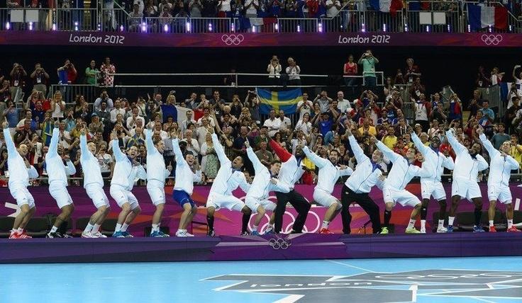 Les handballeurs français, dieux de l'Olympe