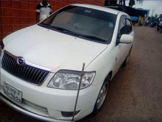 Toyota X Corolla Model Of Year 2004 Registration 2007 Color White New Shape Location Chittagong Beside Alanker Nissan Xtrail Nissan Roof Rails