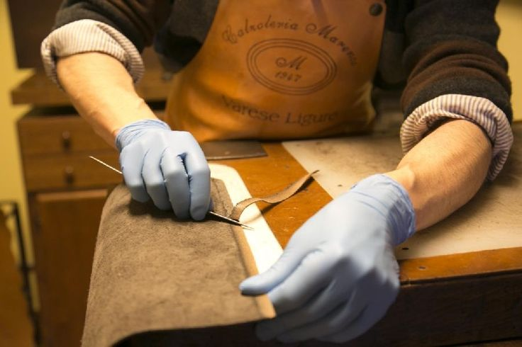 129 best leathercraft shoe love images on pinterest leather purses leather wallets and men. Black Bedroom Furniture Sets. Home Design Ideas