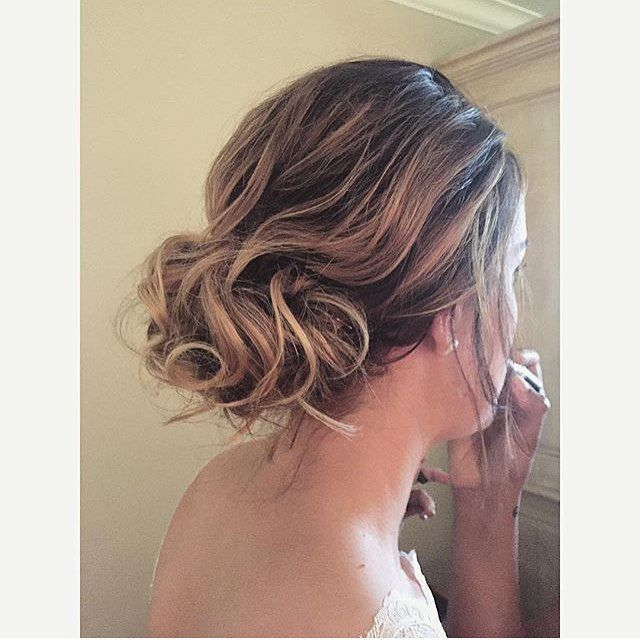 Look at this beautiful, soft, blonde up do done by wedding master @bec.moses - perfect for the summer bride, this classic style will photograph well and is sure to hold all day! Congratulations @melcrinion on your perfect day xx #hairbyphd #wedding #weddonghair #formalhair #engagement #updo #blonde #balayage #highlights #hair #hairdresser #southernhighlandswedding #hair #hairdresser #hairstylist #stylist #colourist #colorist #haircolourist #haircolorist #parramatta #carlingford…